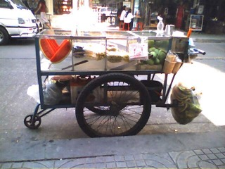 saruzou_rearcar_fruit.jpg